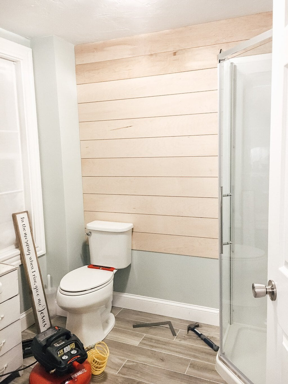 Modern Farmhouse Bathroom Makeover Reveal! | michealadianedesigns.com