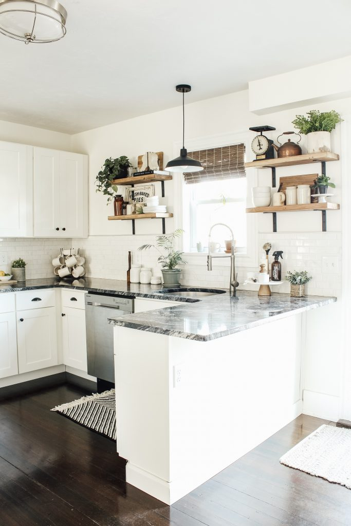 Modern Farmhouse Kitchen Makeover Reveal - Micheala Diane ...
