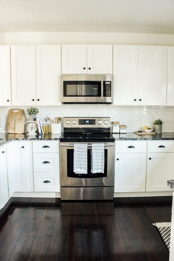 Modern Farmhouse Kitchen Makeover Reveal - Micheala Diane ...