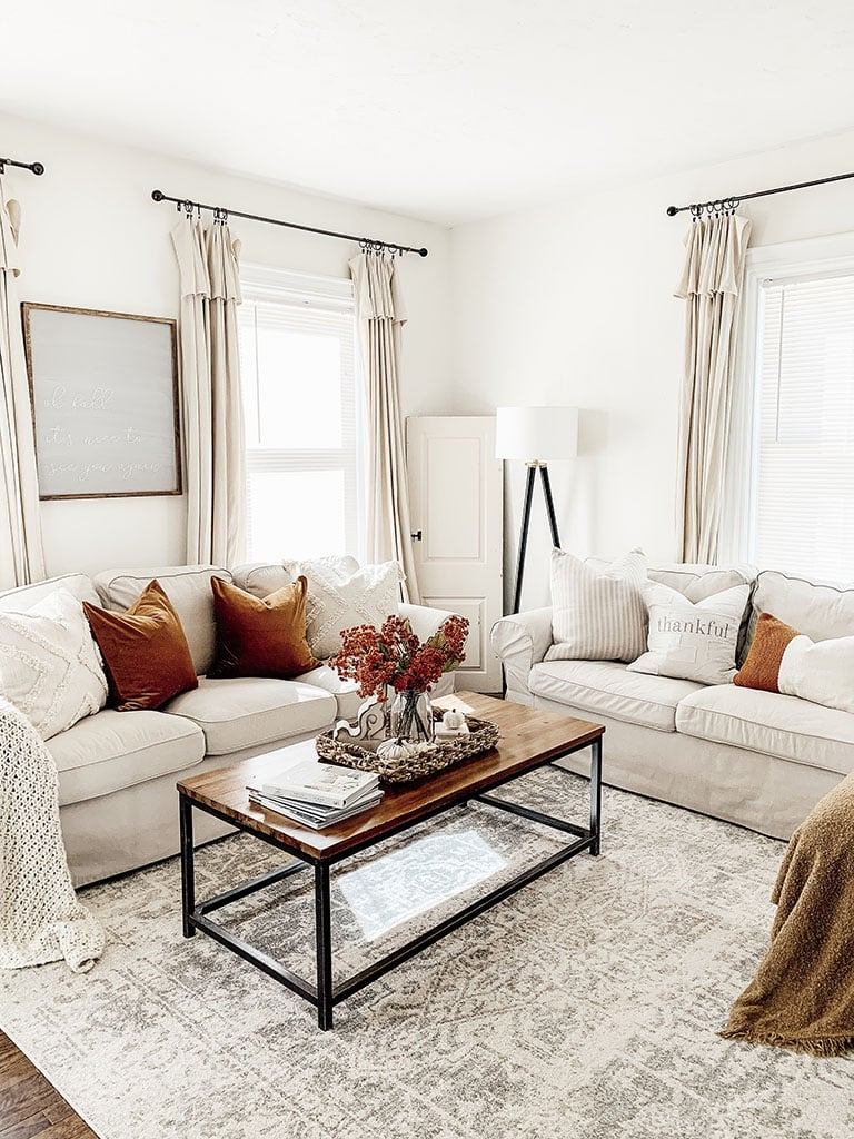 Fall Living Room Tour- How to add Fall Color - Micheala ...