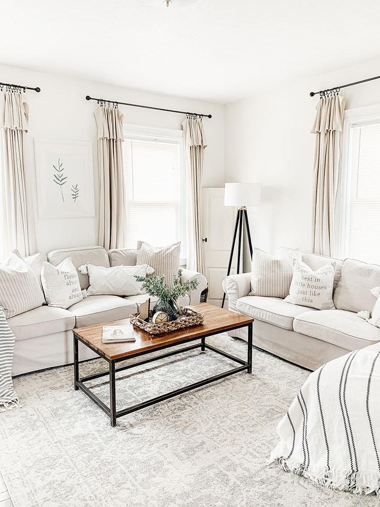 Simple Spring Living Room