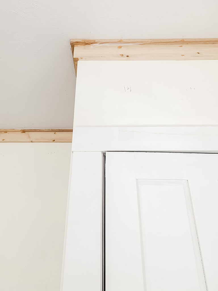Ceiling trim detail