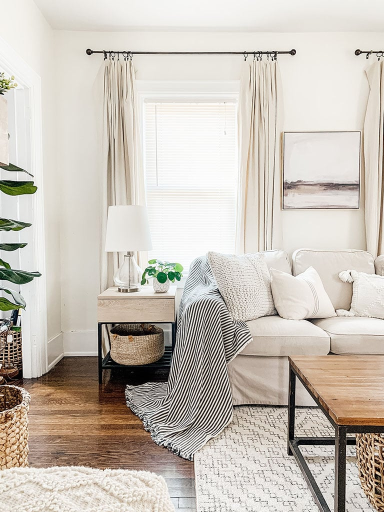 Living Room End table with storage basket