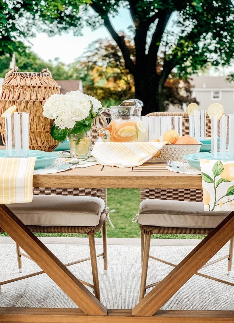 Simple Summer tablescape using citrus decor