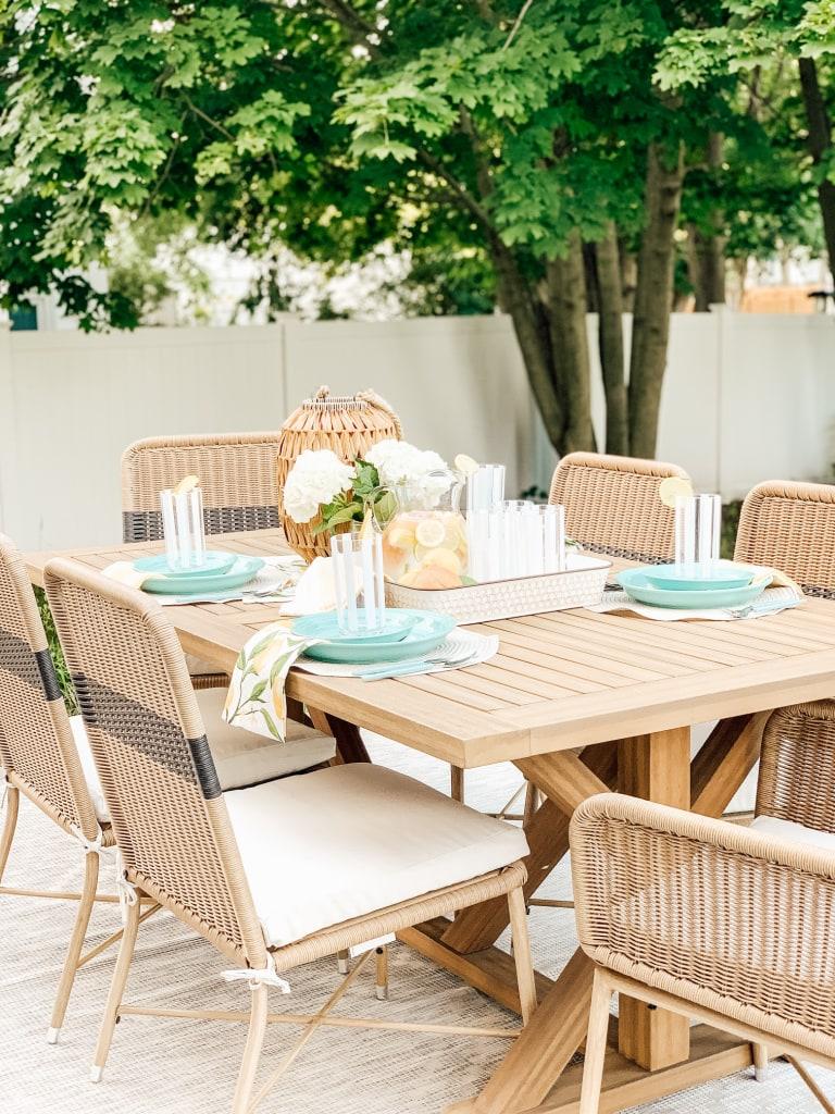 Outdoor Patio Table Decor